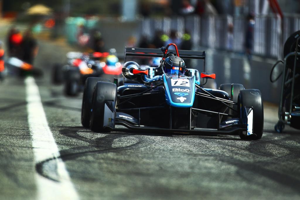 Photo of Christian Hahn conta com evolução do carro para voltar a andar na frente em Paul Ricard