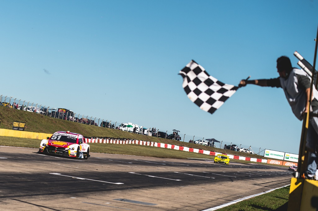 Photo of Em etapa mais longa da história, Shell Racing quer confirmar ascensão no campeonato da Stock Car