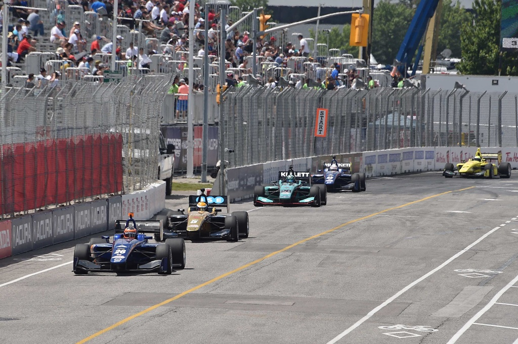 Photo of Indy Lights: Matheus Leist segue como vice-líder apesar de abandono na prova 1 de Toronto