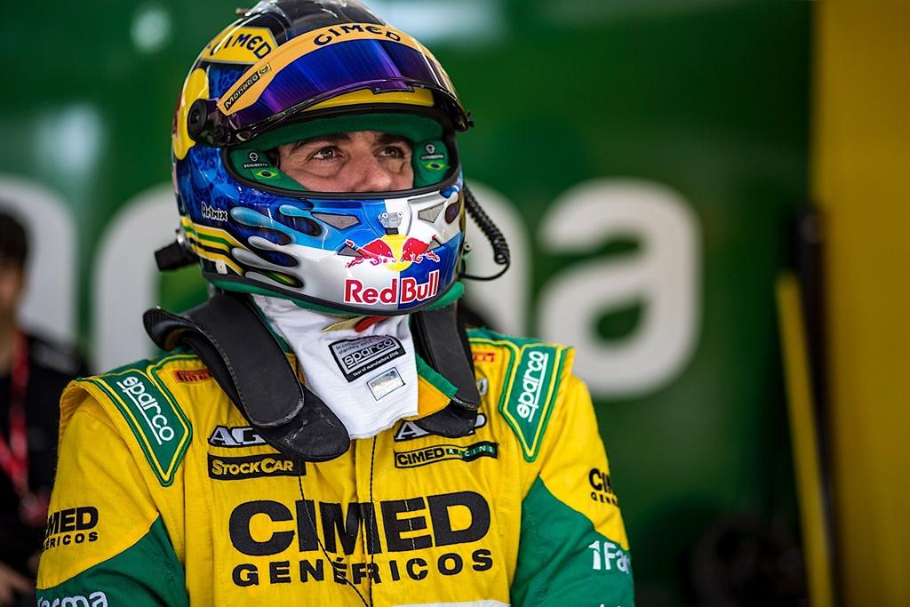 Photo of Líder em vitórias e títulos na atual Stock Car, Cacá Bueno busca novos recordes no Velo Citta