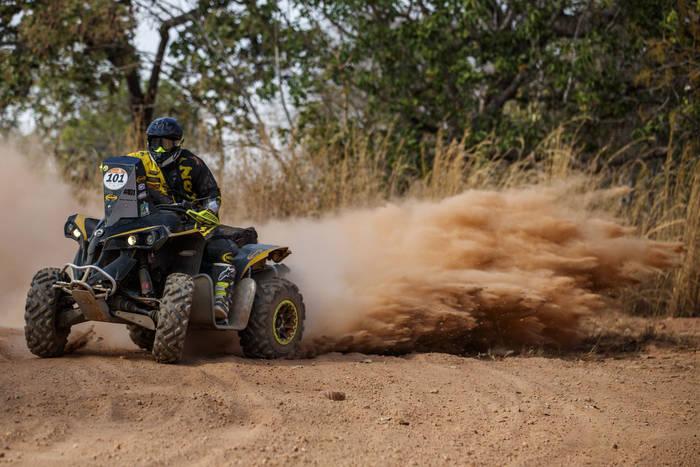 Photo of Geison Belmont chega no Top 3 no quarto dia de Rally dos Sertões 2017