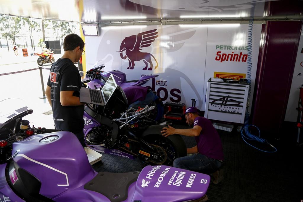 Photo of Em Londrina, pilotos da Híbridos Club Alex Barros Racing garantem primeira e segunda fila no grid