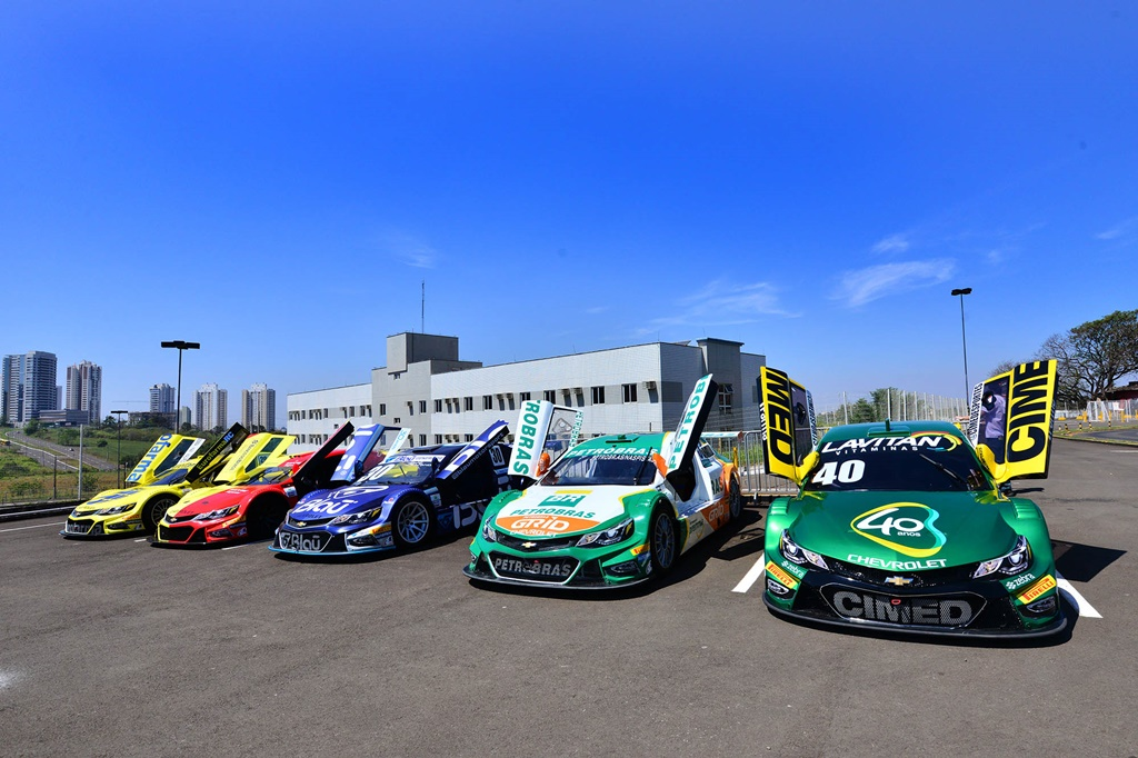 Photo of Stock Car Road Show agita feriado em Londrina
