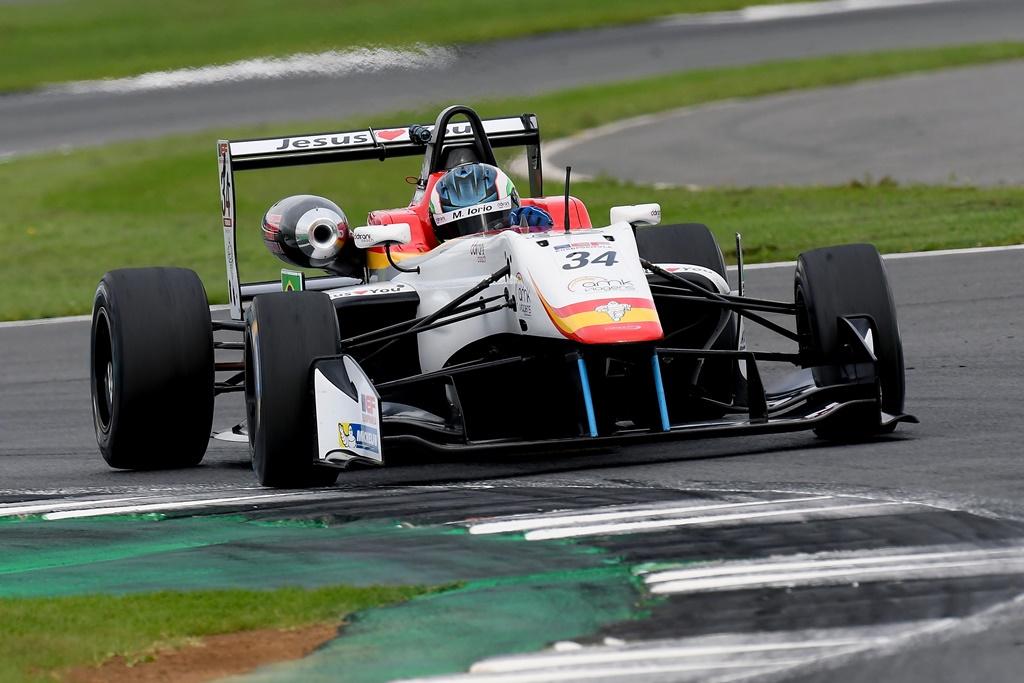 Photo of Após contato na primeira volta, Matheus Iorio abandona segunda prova em Silverstone