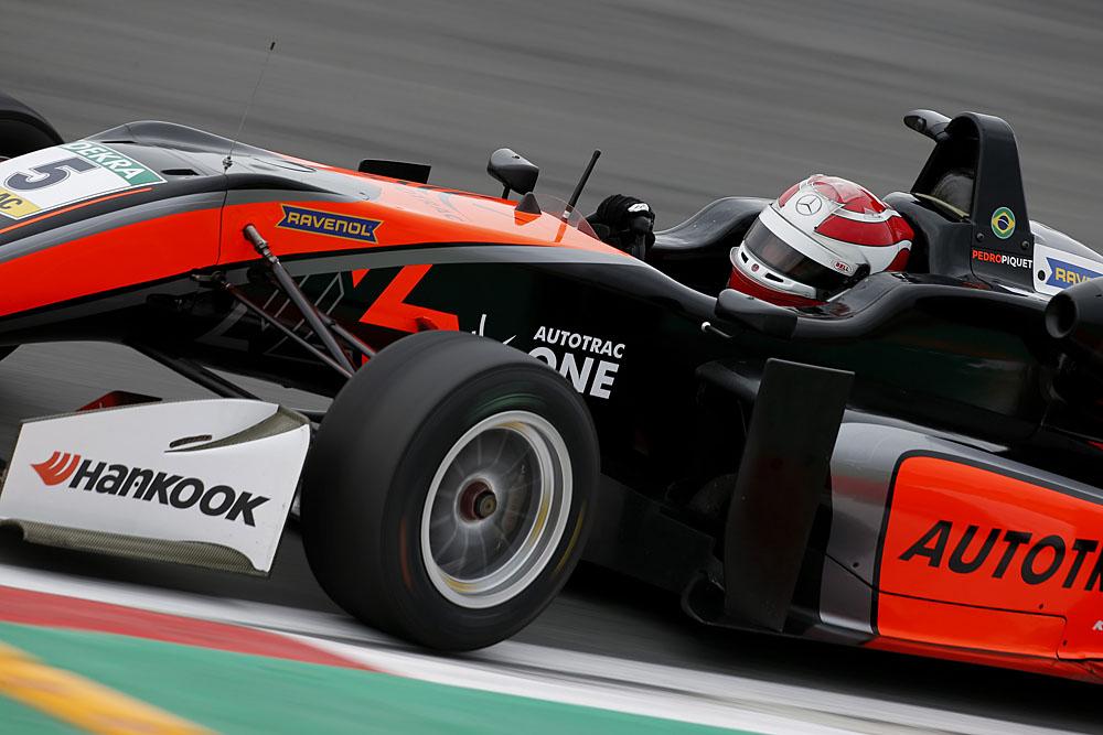 Photo of Pedro Piquet volta a acelerar pelo campeonato da FIA Fórmula 3 Euro em Nürburgring