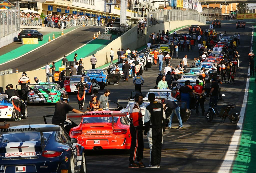 Photo of Porsche Gt3 Cup – Ricardo Baptista e Valdeno Brito são os poles da abertura da Porsche Império GT3 Cup Endurance Series no Velo Città