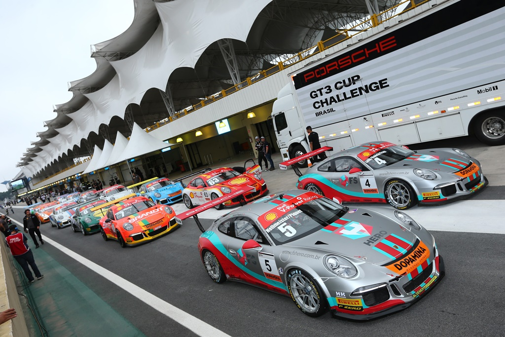 Photo of Porsche – Anunciados os 12 finalistas da segunda edição do Porsche Junior Program
