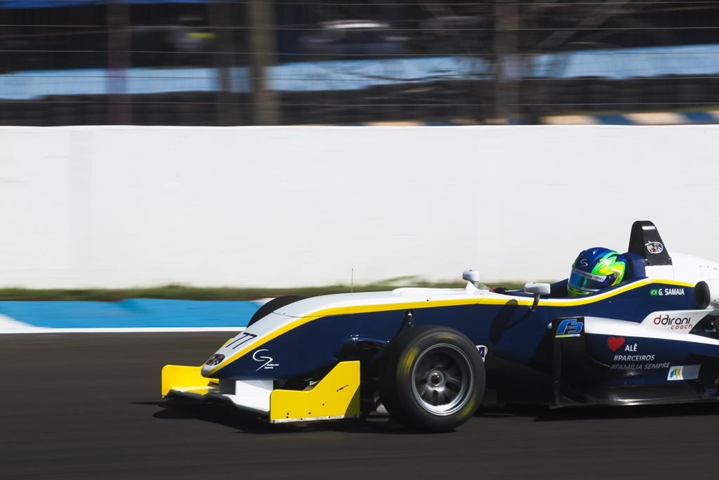 Photo of F3 Brasil – Guilherme Samaia e Igor Fraga dominam os treinos e saem na frente na etapa de Londrina.