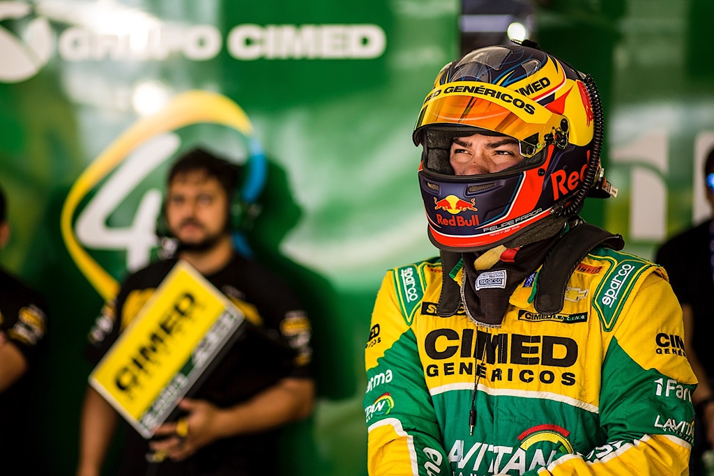 Photo of Stock Car – O momento é de Felipe Fraga: 3 vitórias nas últimas 4 etapas e recorde de pontos