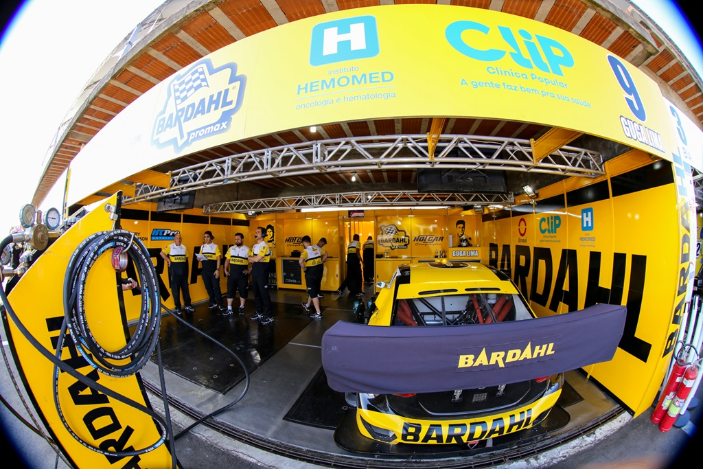 Photo of Stock Car – Sérgio Jimenez e Guga Lima visam recuperação em Tarumã
