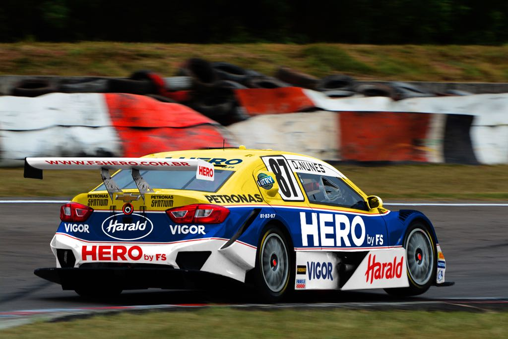 Photo of Stock Car – Diego Nunes faz homenagem especial a Nelson Piquet