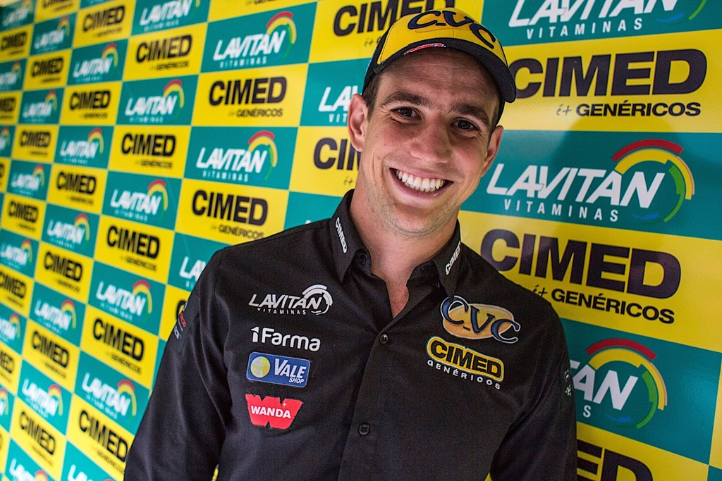 Photo of Stock Car – Ano novo, casa nova, vida nova: Lucas Foresti assina com a Cimed Racing