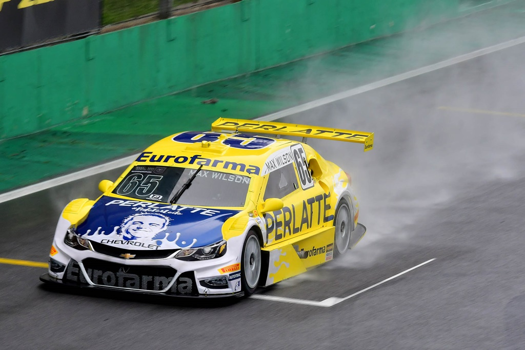 Photo of Stock Car – Max Wilson domina treinos livres em Interlagos