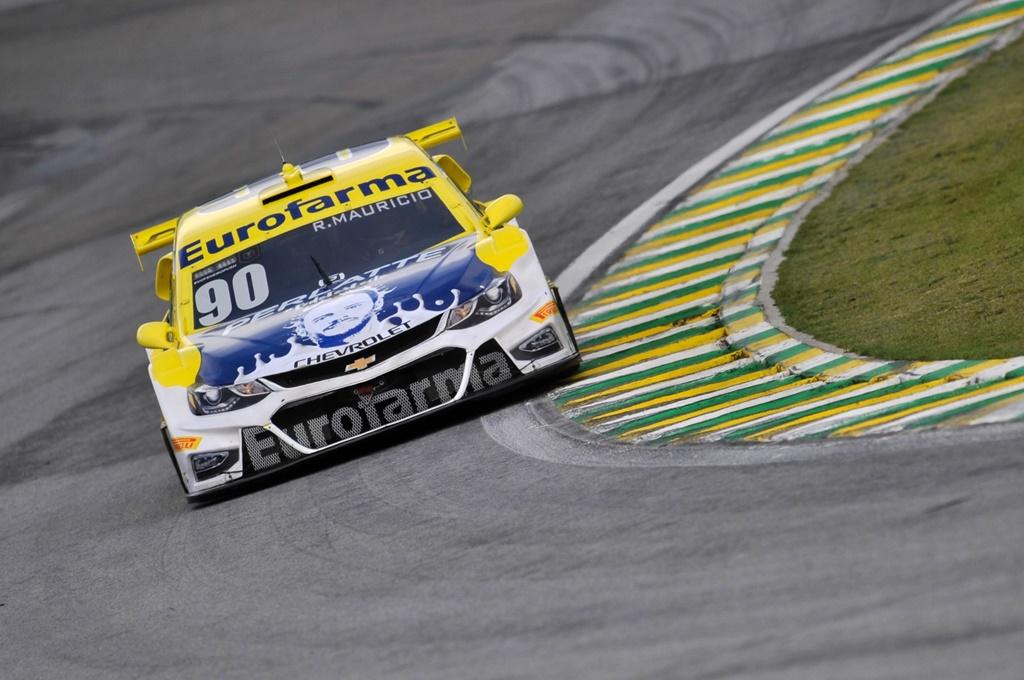 Photo of Stock Car – Ricardo Mauricio é o Pole Position HERO em Interlagos