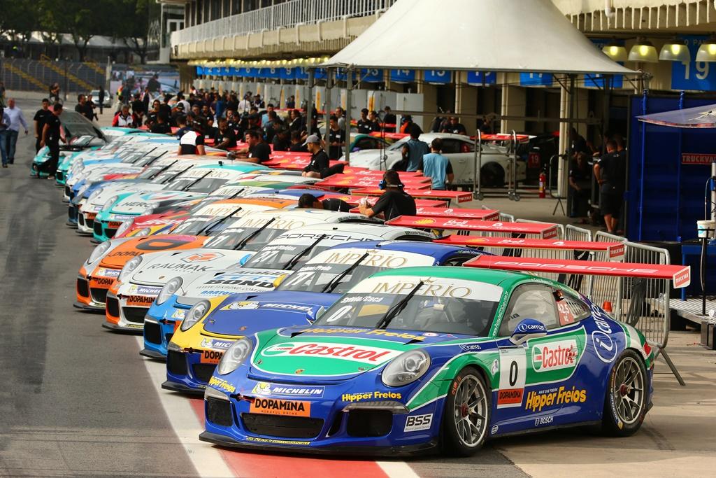 Photo of Porsche Império GT3 Cup – Sergio Jimenez e Rodrigo Baptista são os poles dos 500 km de Interlagos