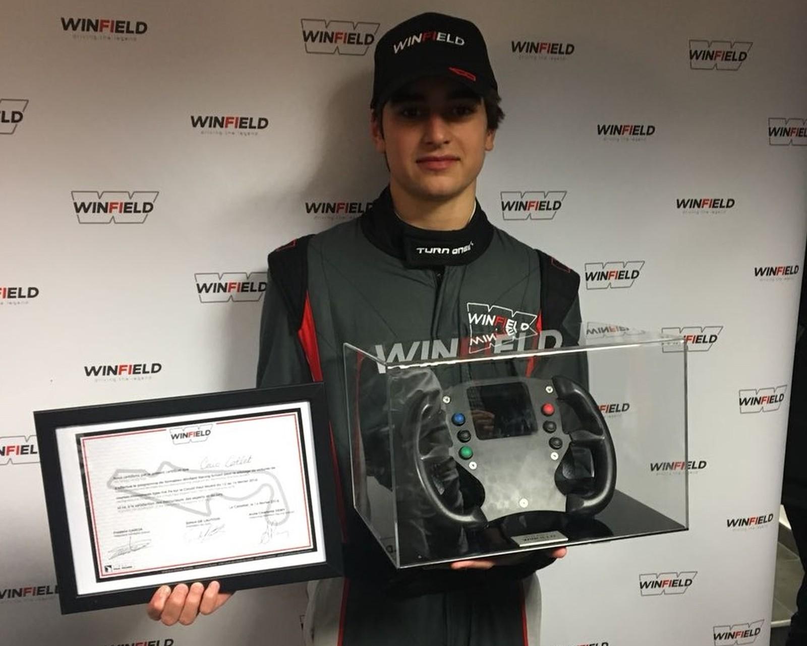 Photo of F4 – Caio Collet é o 1º brasileiro a vencer o Volante Winfield, que já revelou campeões como Alain Prost
