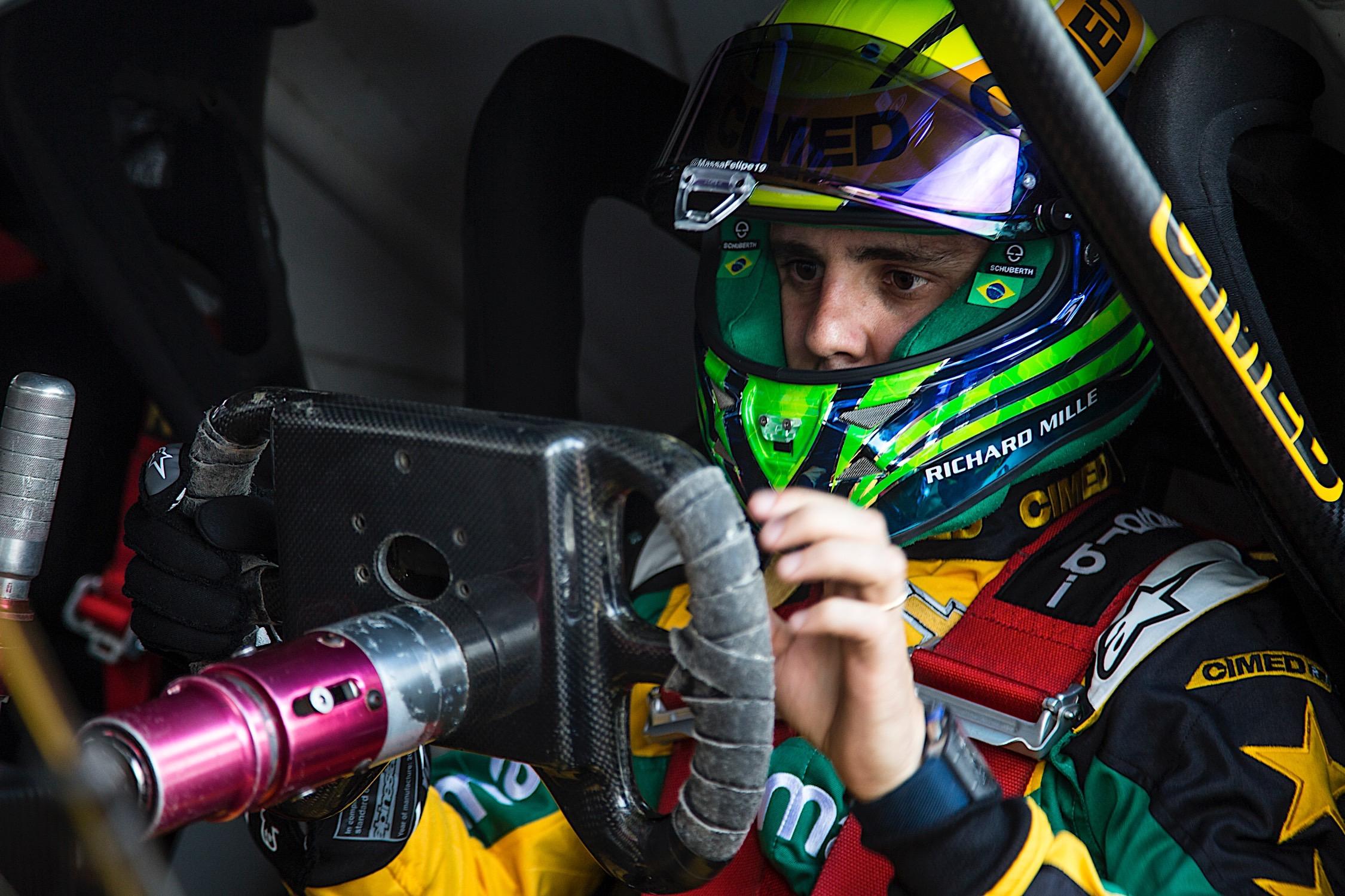 Photo of Stock Car – Felipe Massa tem primeiro contato com o carro em Interlagos