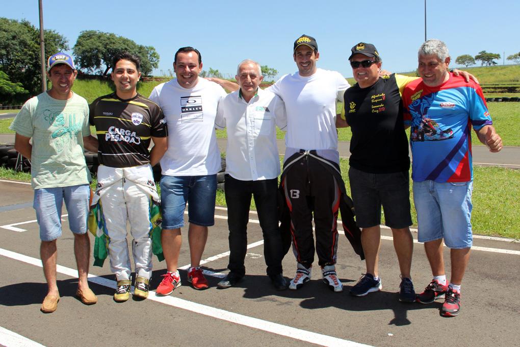 Photo of Kart – Londrina recebe inscrições para o Sul-Brasileiro de Kart
