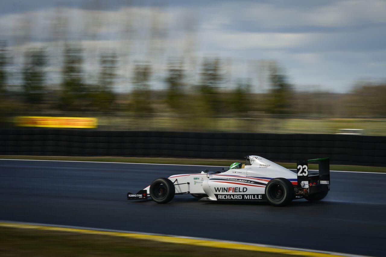 Photo of Fórmula 4 – F4 Francesa Caio Collet sobe ao pódio duas vezes em sua estreia em Nogaro