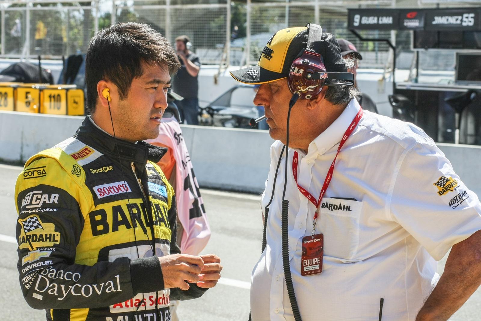 Photo of Stock Car – Suzuki luta para se manter entre os 10 no Velopark e Salas busca recuperação