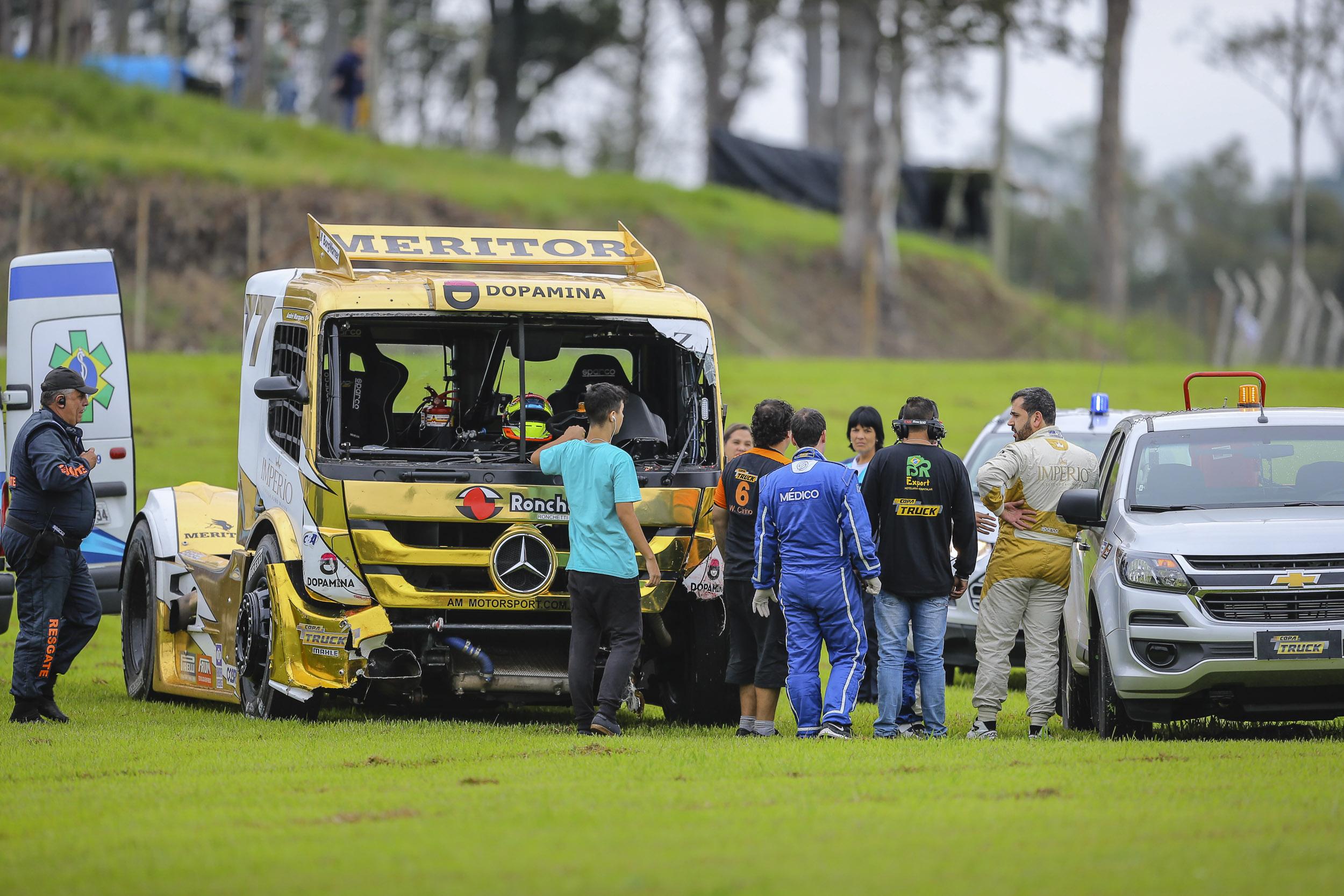 Photo of Copa Truck – Fraturas ameaçam participação de André Marques na Copa Sudeste em Interlagos