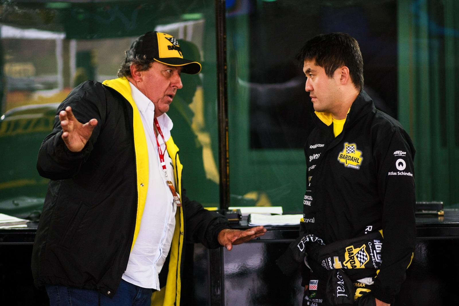 Photo of Stock Car – Sem botão de ultrapassagem, Suzuki faz corrida de recuperação e conquista pontos em Santa Cruz