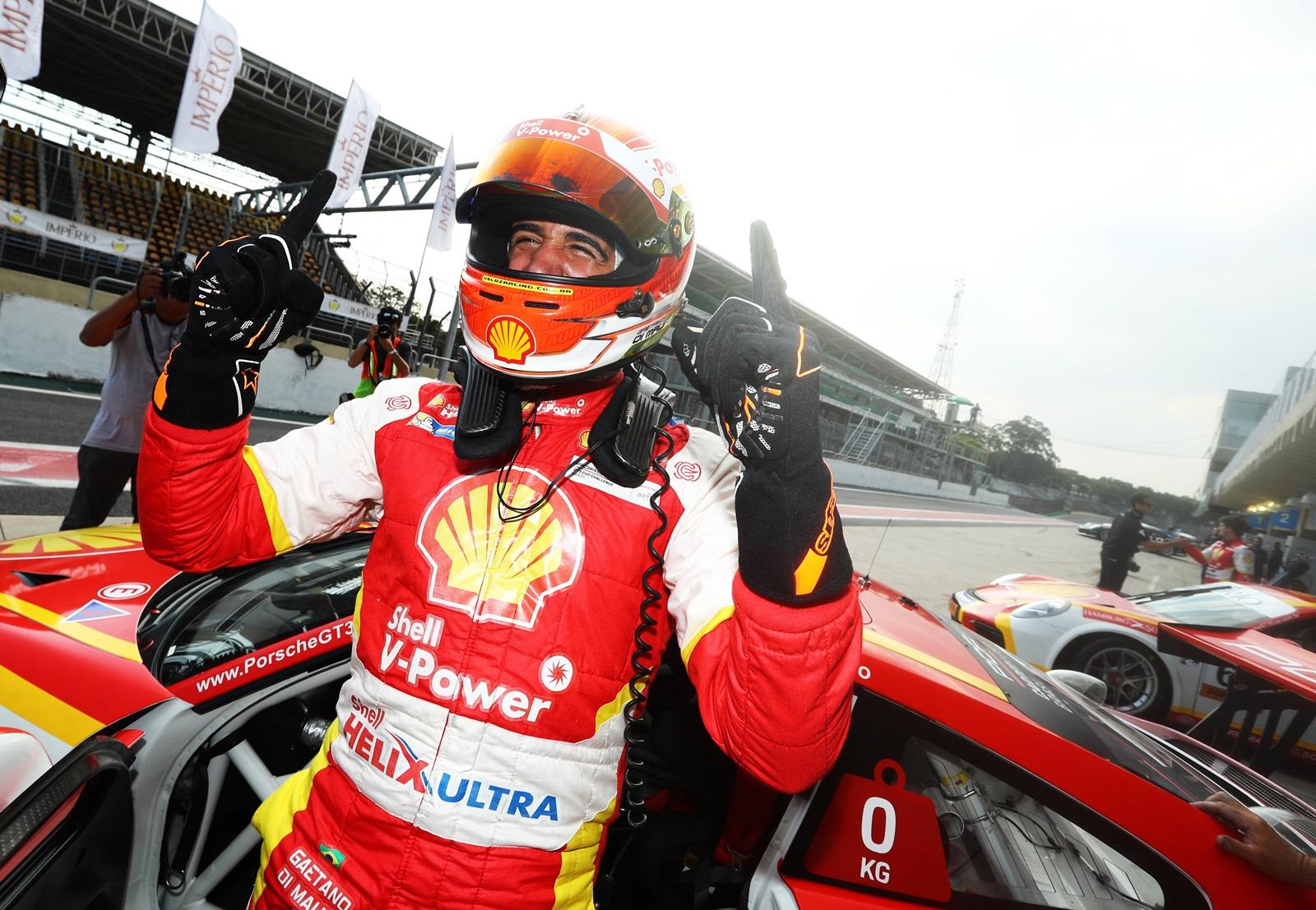 Photo of Porsche Cup – Gaetano di Mauro brilha e garante a segunda pole consecutiva para a Academia Shell Racing na Porsche Carrera Cup em Interlagos