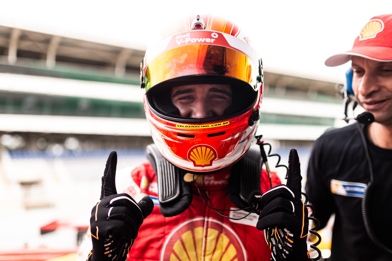 Photo of Porsche Cup – Gaetano di Mauro e Lico Kaesemodel vencem na Porsche Carrera Cup e mantêm o reinado da Academia Shell Racing em Interlagos