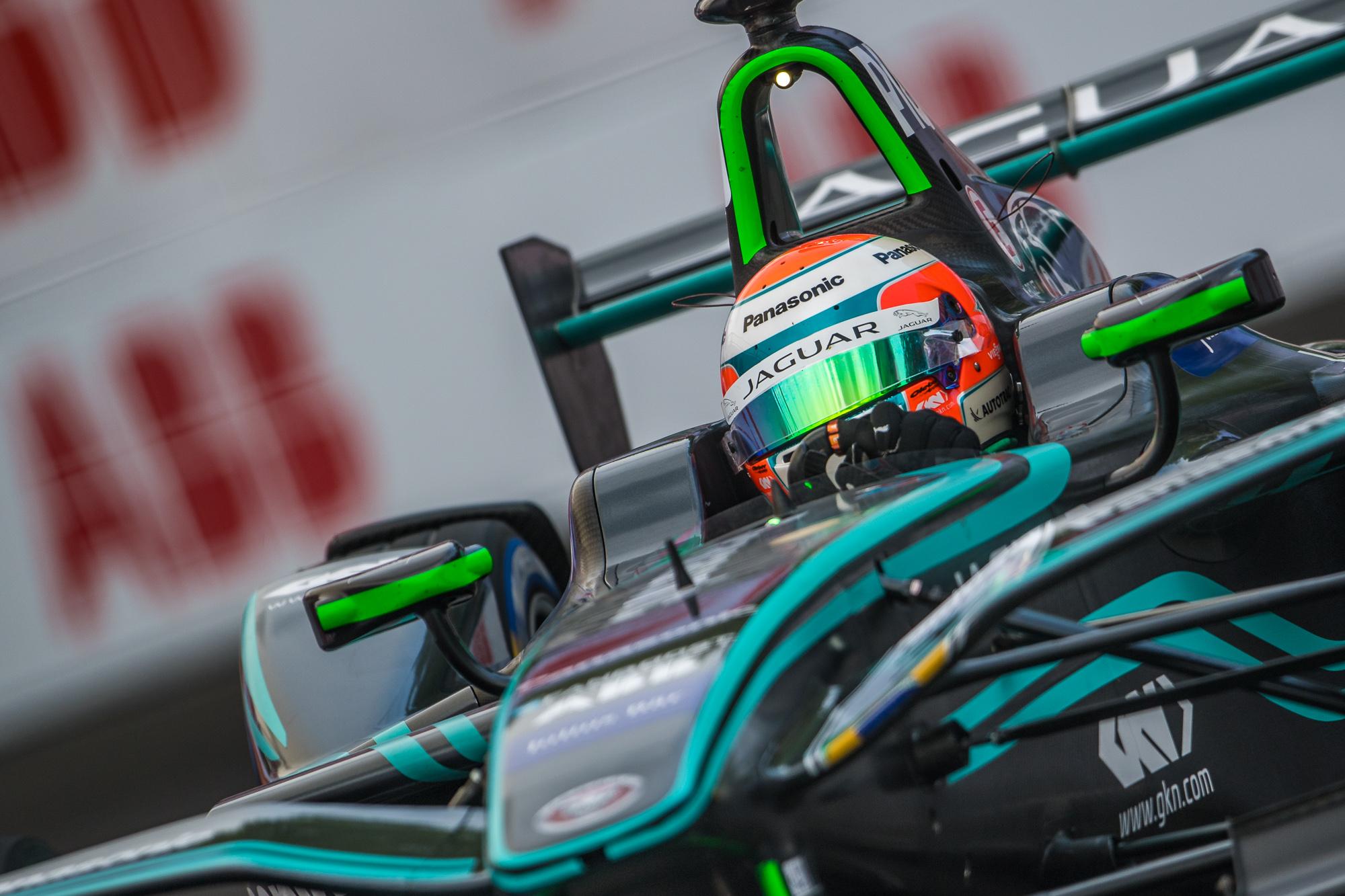 Photo of Formula E – Nelsinho Piquet tenta voltar aos primeiros lugares no campeeonato da FIA Fórmula E em Berlim