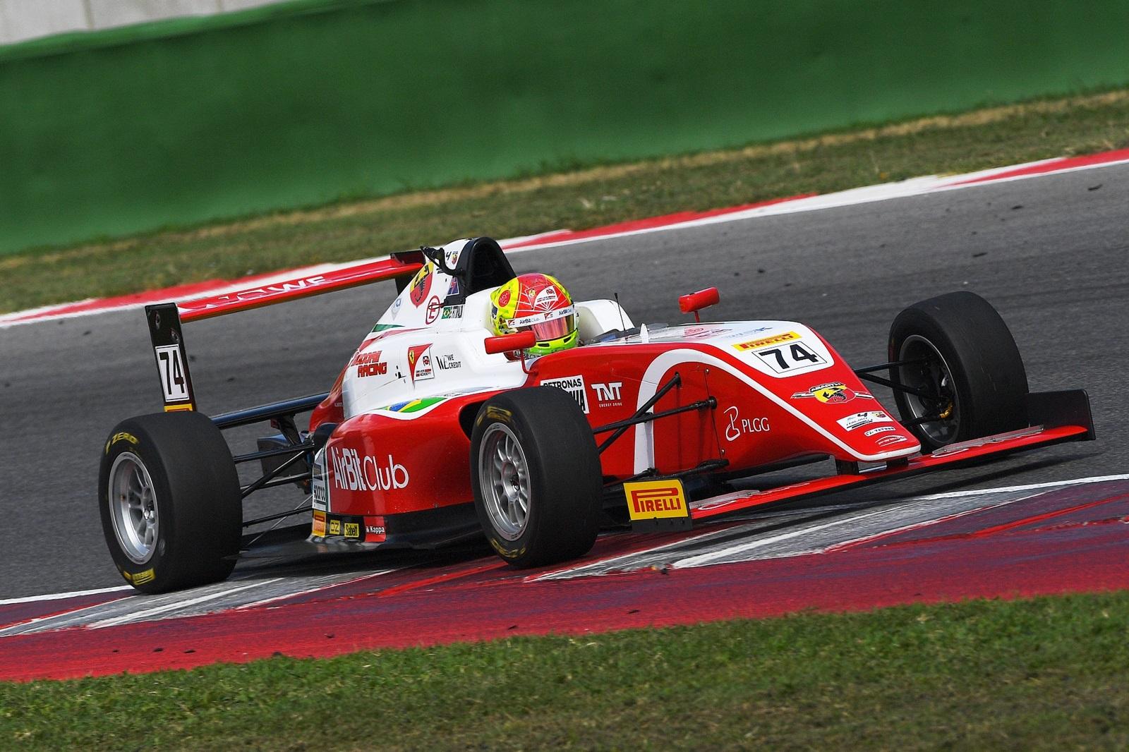 Photo of F4 – Com 5 vitórias em 2018, Enzo Fittipaldi busca novos triunfos em Hockenheim