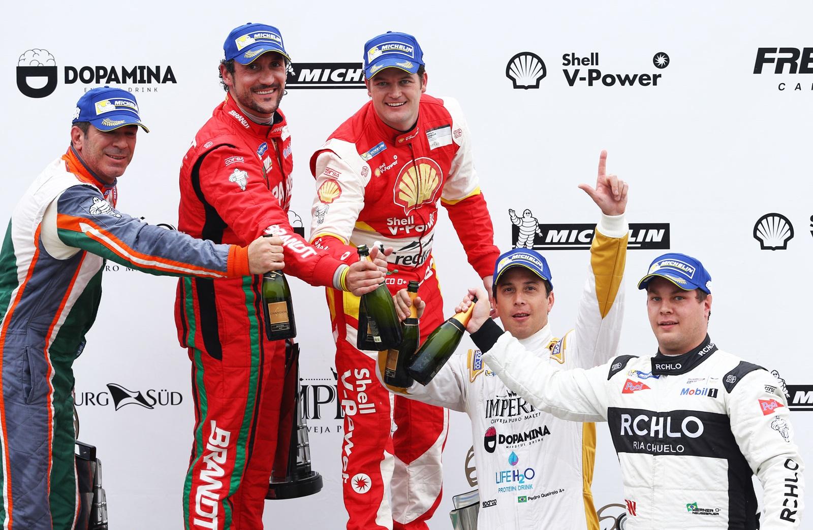 Photo of Porsche Cup – Kaesemodel vence uma em Interlagos e sai como maior pontuador da etapa, Constantino leva a outra e é vice-líder da Porsche Império Carrera Cup 4.0