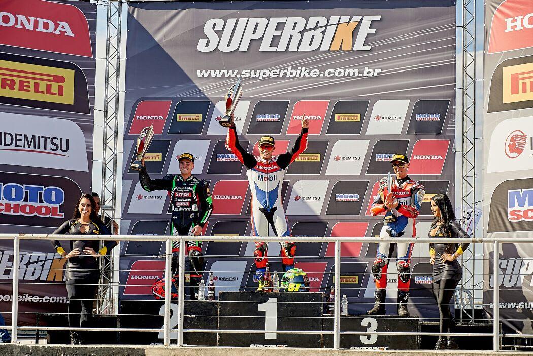 Photo of Super Bike – Eric Granado vence 3ª etapa do SuperBike e Pedro Sampaio conquista o pódio pela primeira vez na categoria