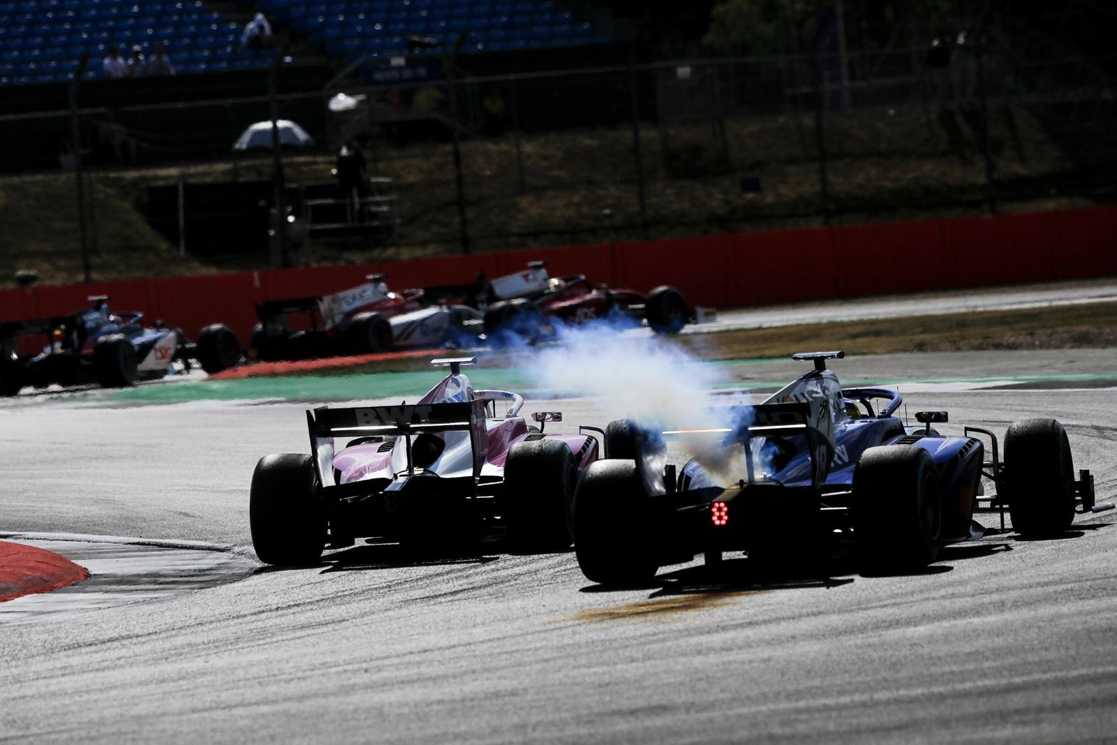Photo of F2 – Quebra de motor tira Sérgio Sette da corrida deste sábado no Mundial de F2