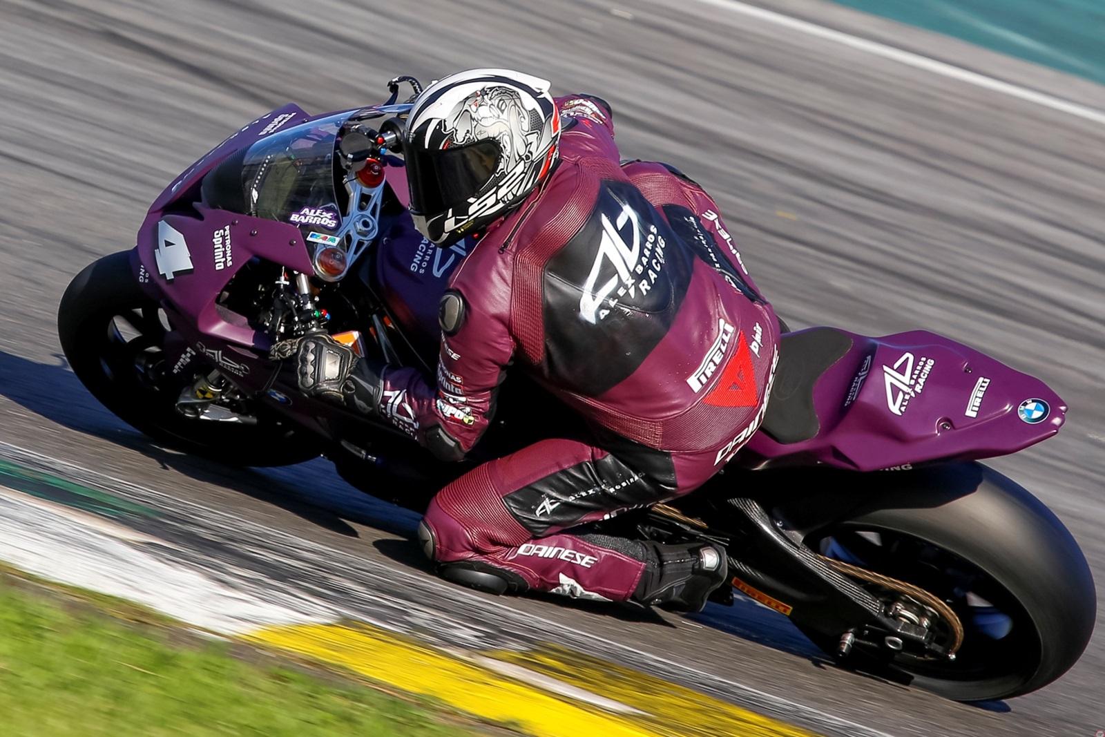 Photo of Super Bike Brasil – Alex Barros Racing vem com novidades para a disputa da 4ª etapa