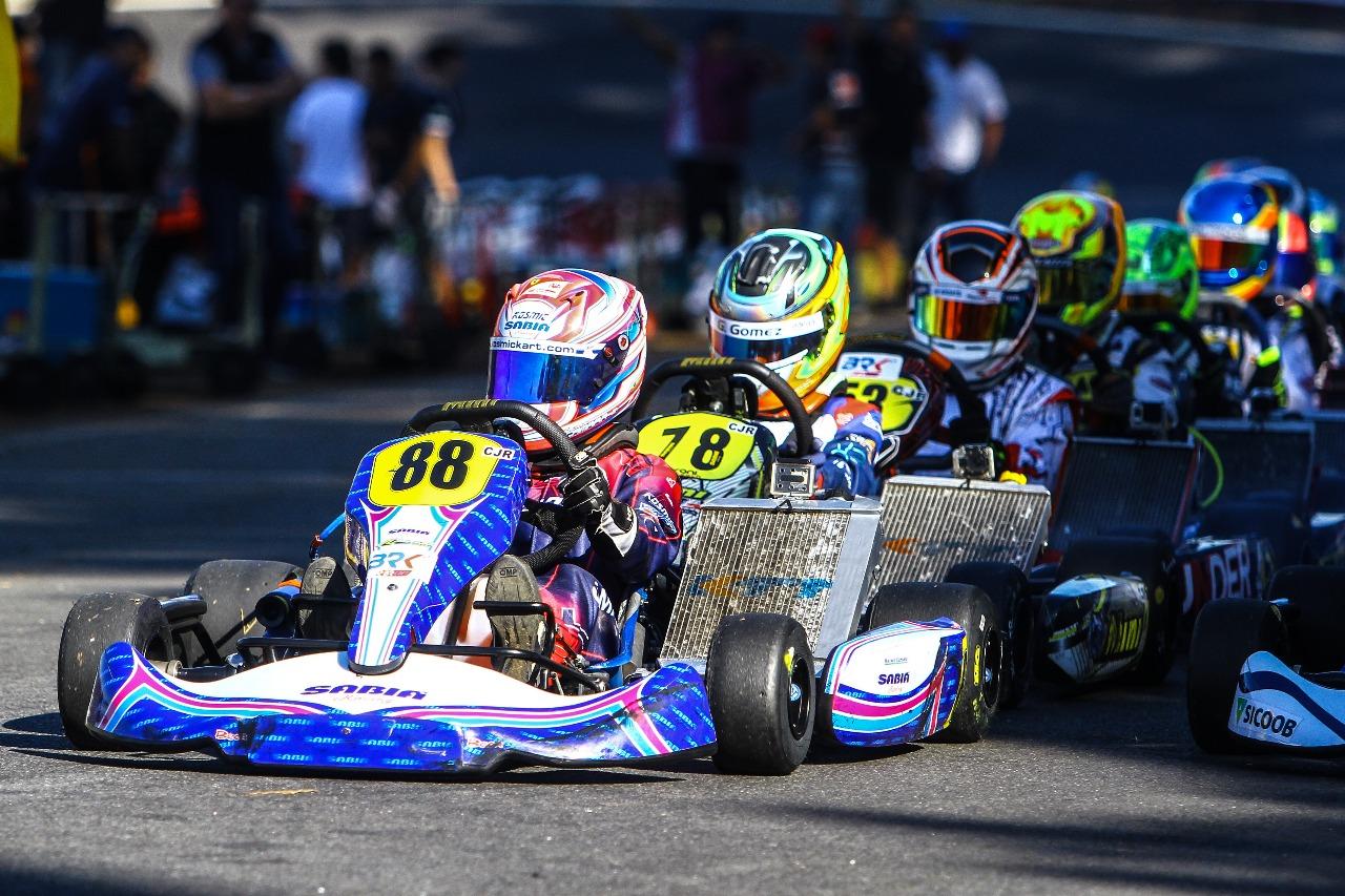 Photo of Kart – Aos 13 anos, Rafael Câmara é campeão brasileiro de kart e ganha vaga no Mundial
