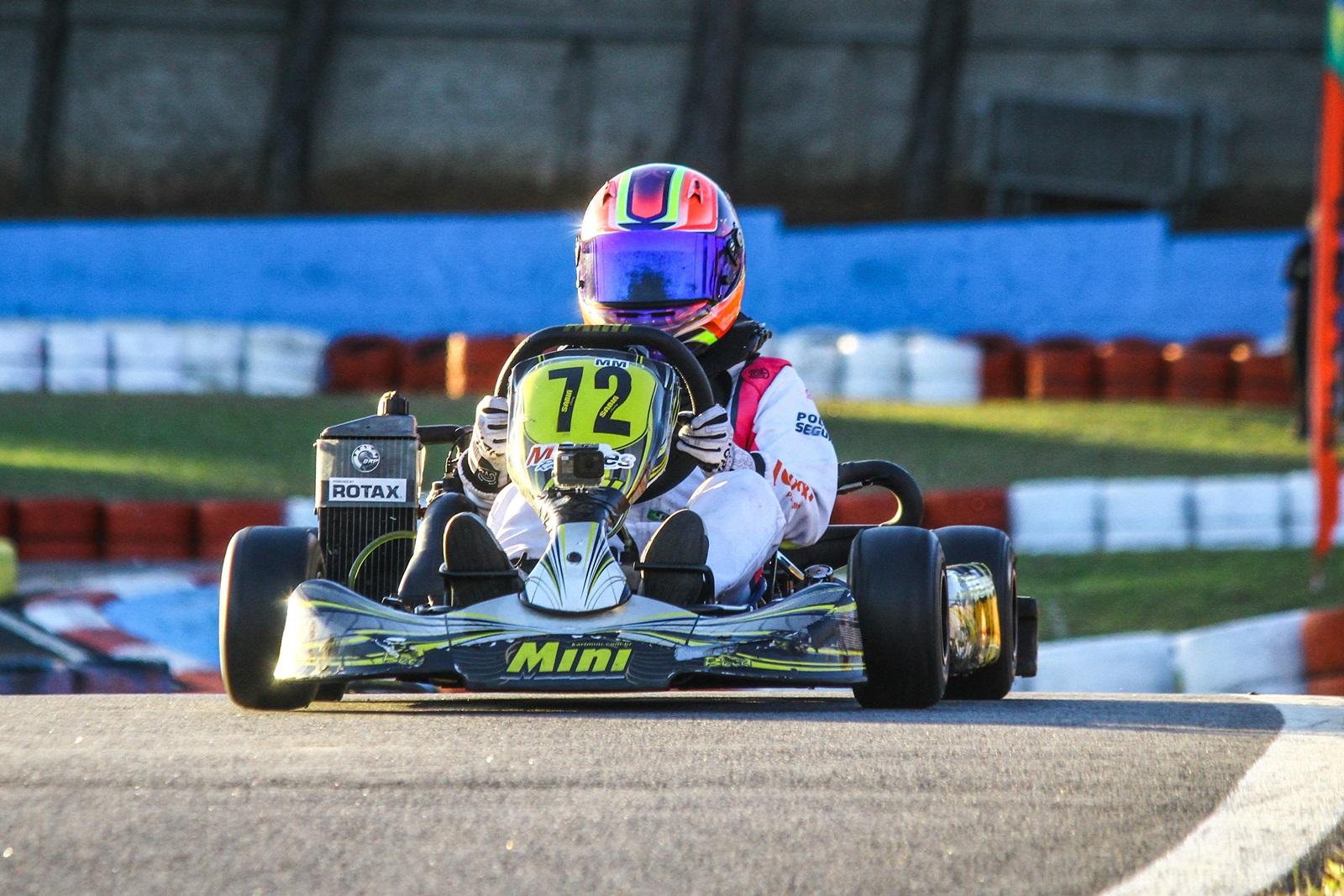 Photo of Kart – Pole position e destaque na final da Copa Rotax, Antonella Bassani visa Campeonato Brasileiro