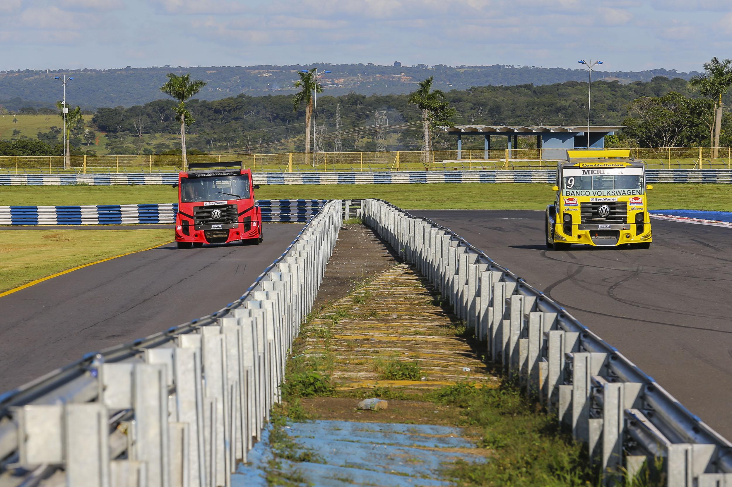 Photo of Truck – Rogério Castro, Paulão Gomes e Alencar Jr. abrilhantam grids em Goiânia