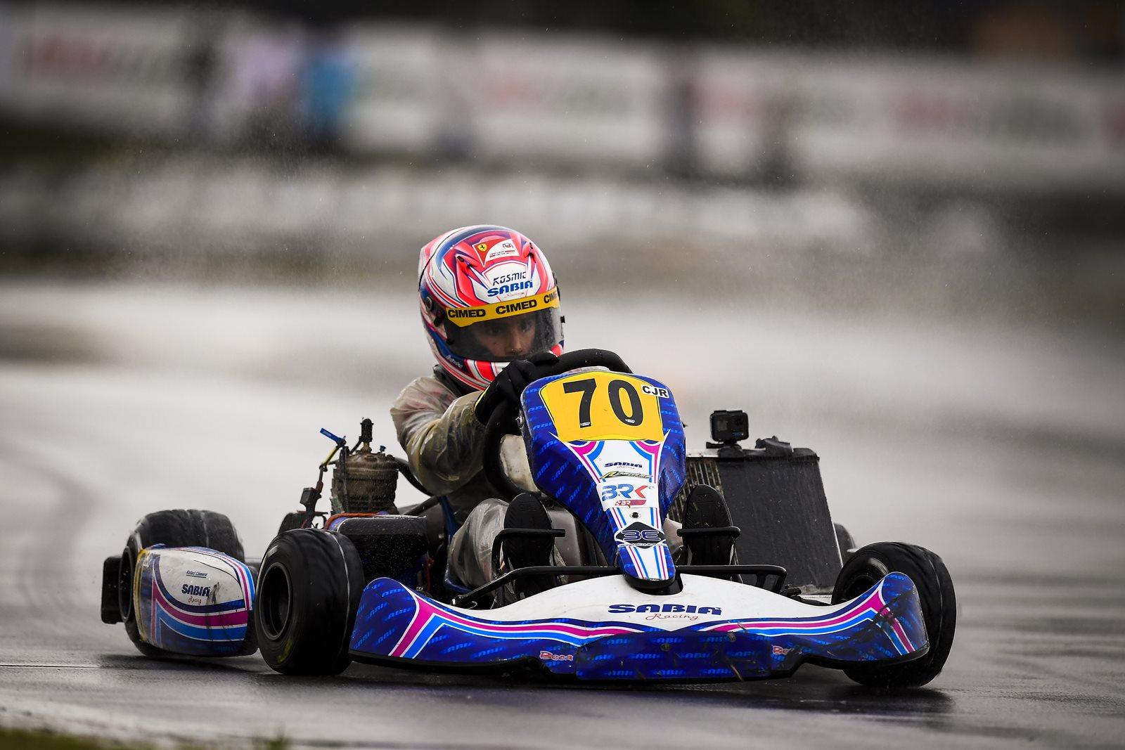 Photo of Kart – Rafael Câmara é destaque sob chuva no Sul-Americano de Kart no Velopark
