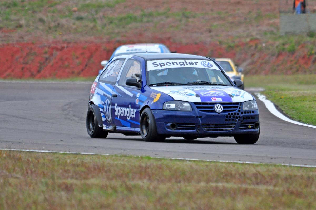 Photo of Super Turismo –  Marçal Muller vence em prova muito disputada em Santa Cruz do Sul
