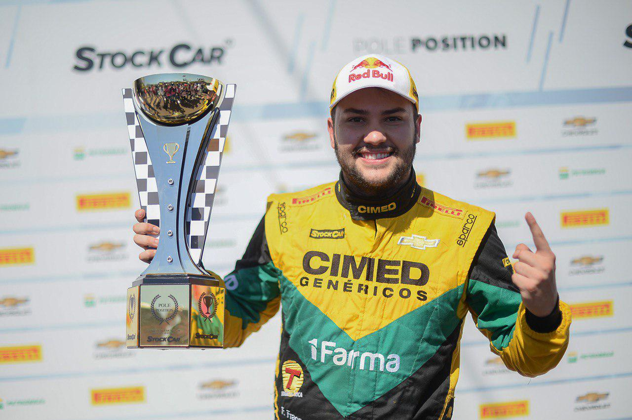 "Photo of Stock Car – Fraga supera ""temporal"" de Di Grassi e faz a pole em Cascavel"