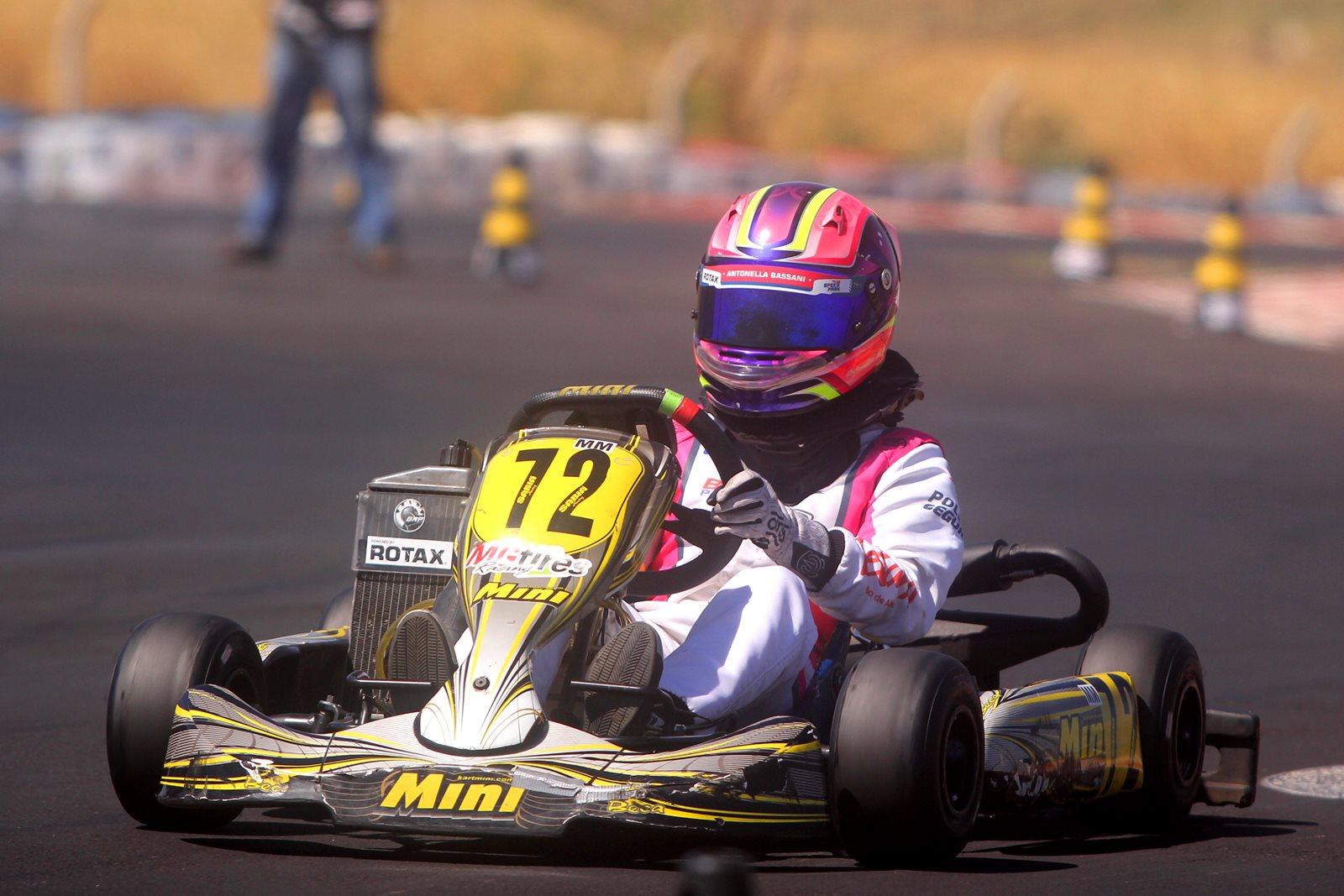 Photo of Kart – Em Birigui para o Brasileiro de Rotax, Antonella Bassani completa cinco anos de grave acidente