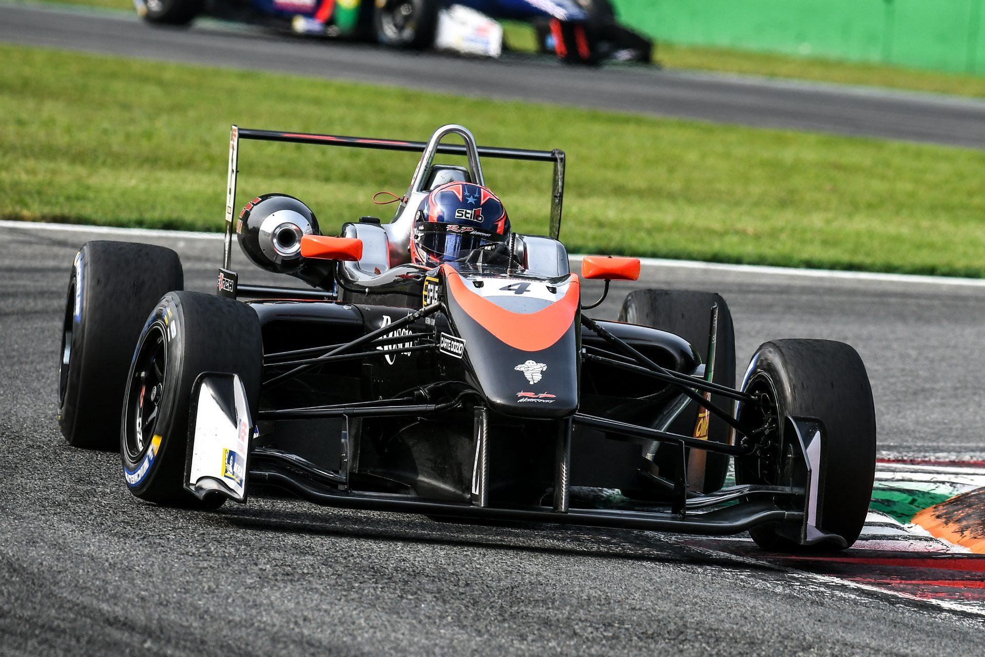 Photo of F3 – Felipe Drugovich vence pela primeira vez em Monza no Euroformula F3 Open