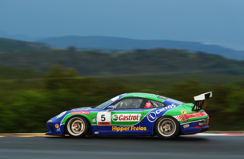 Photo of Porsche Cup Império – Sylvio de Barros é campeão em dia de vitórias de Miguel Paludo e Eloi Khouri