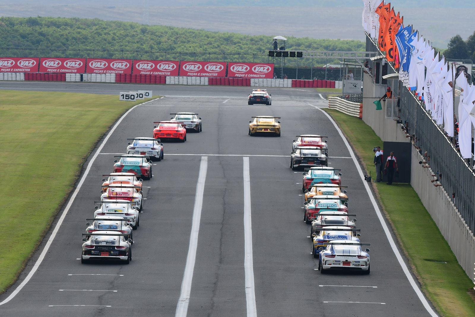 Photo of Porsche – Jornada acirradíssima no Velo Città deixa todos os títulos de sprint para a final em Interlagos
