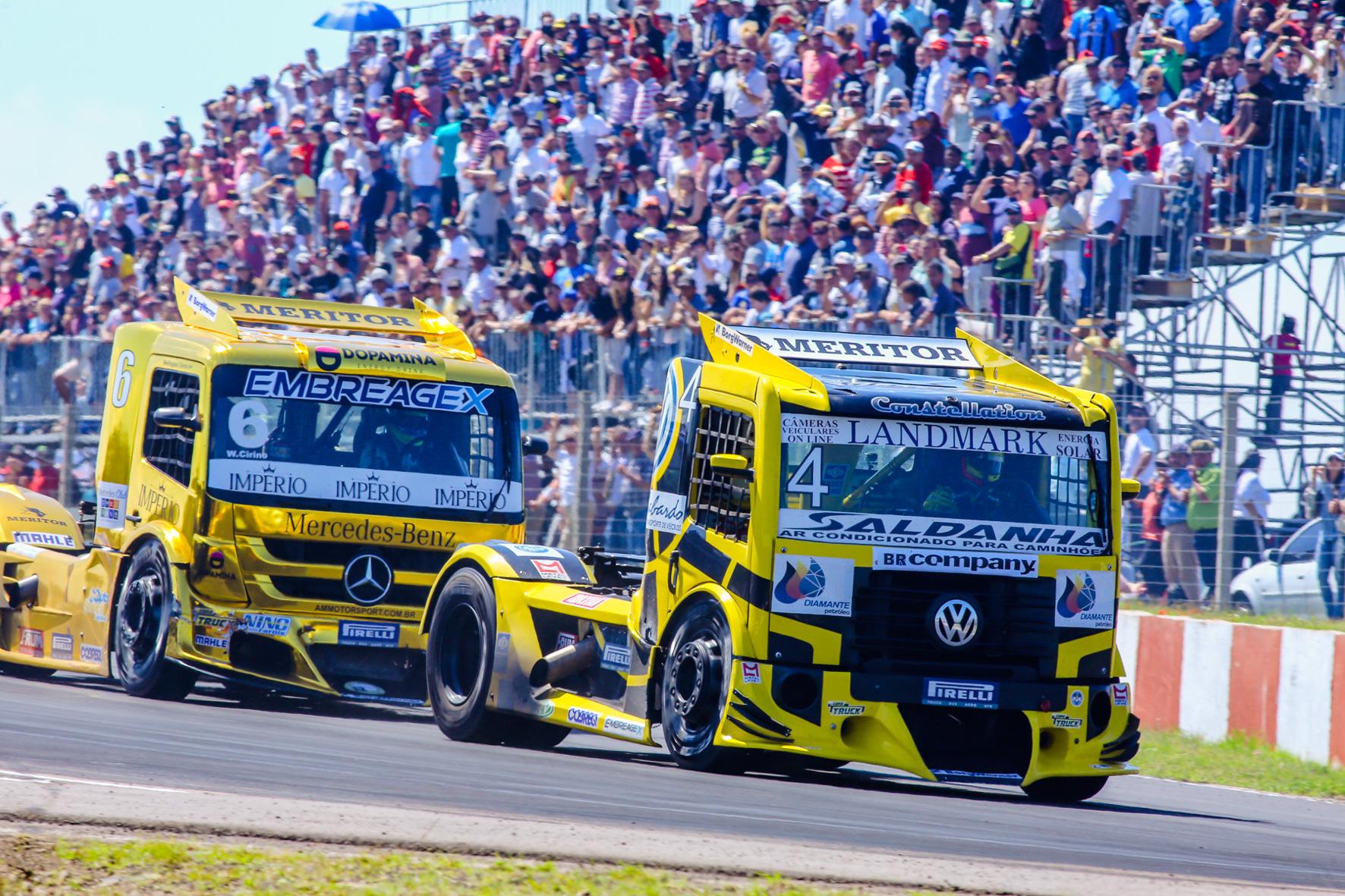 Photo of Truck – Giaffone é campeão diante de 28 mil pessoas no Uruguai