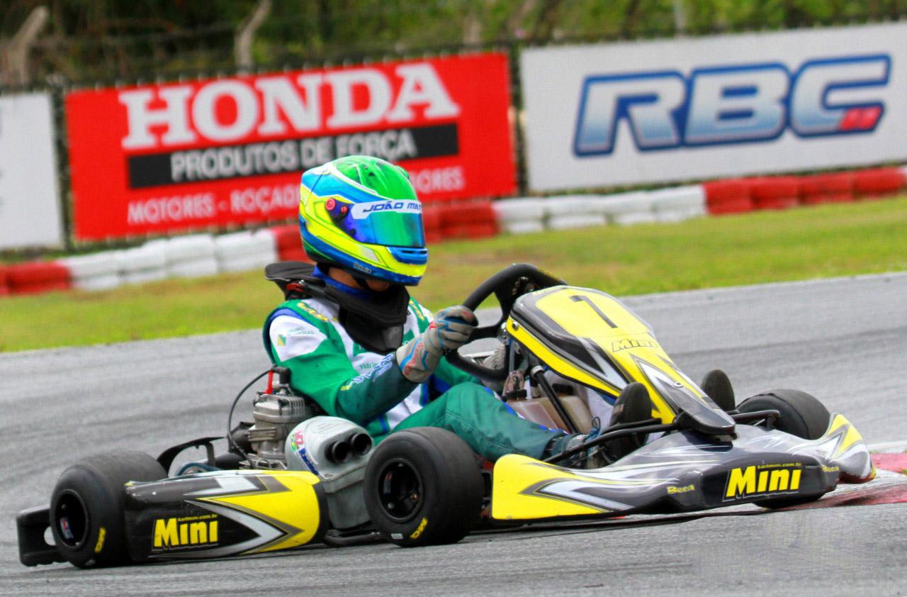 Photo of Kart – João Matos está em Vespasiano em busca de importante título nacional