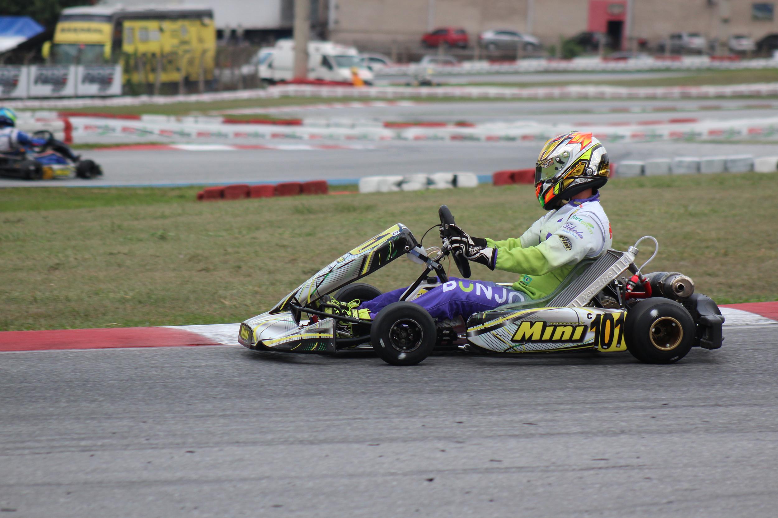 Photo of Kart – Mateus Barella terá dia com tomadas de tempos e corrida na 2ª edição da Copa Brasil de Kart