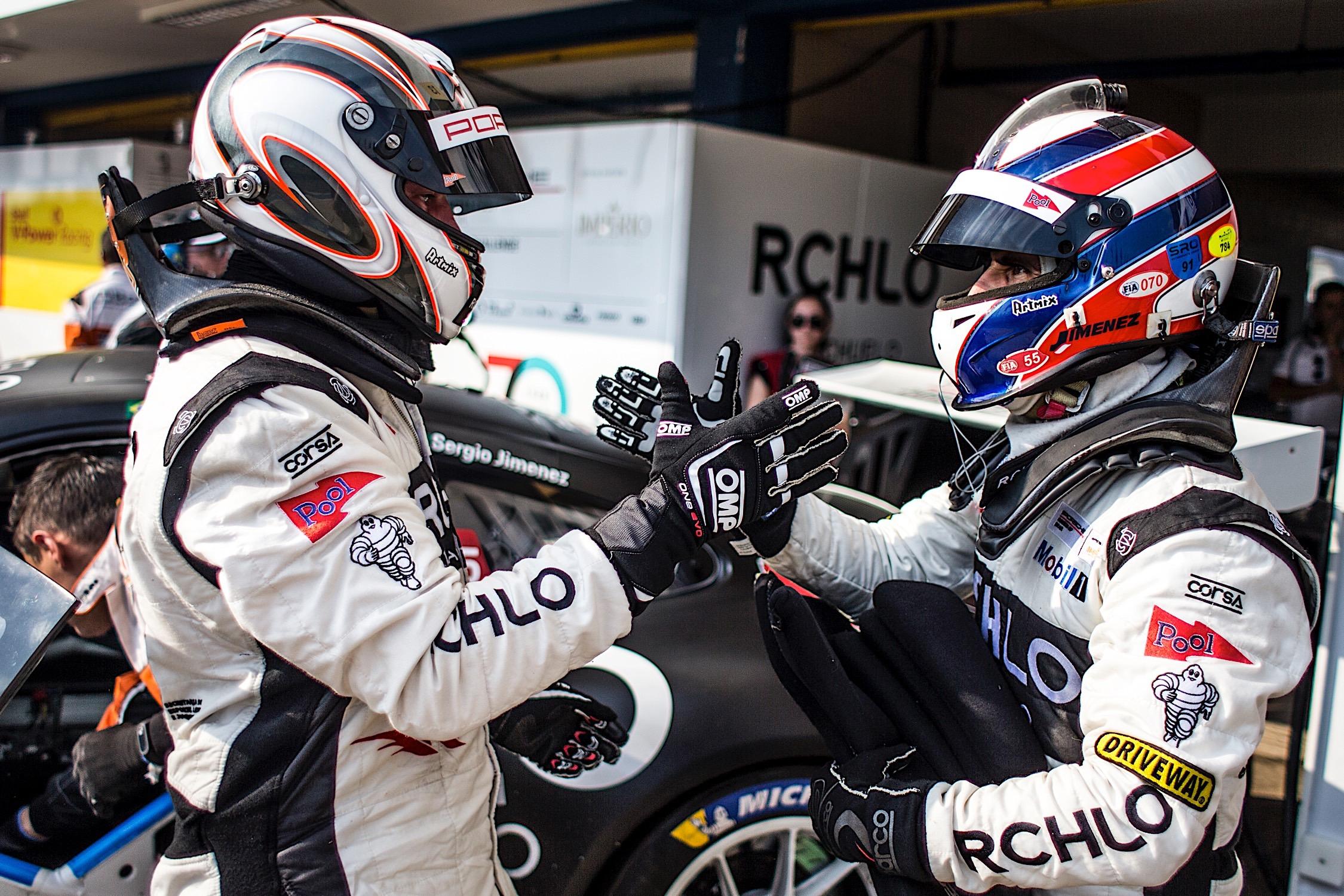 Photo of Endurance – RCHLO Racing vence mais uma etapa da Porsche GT3 Cup Endurance Series em Goiânia