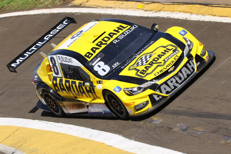 Photo of Stock Car – Suzuki e Sperafico encerram primeiro dia em Londrina no Top-15