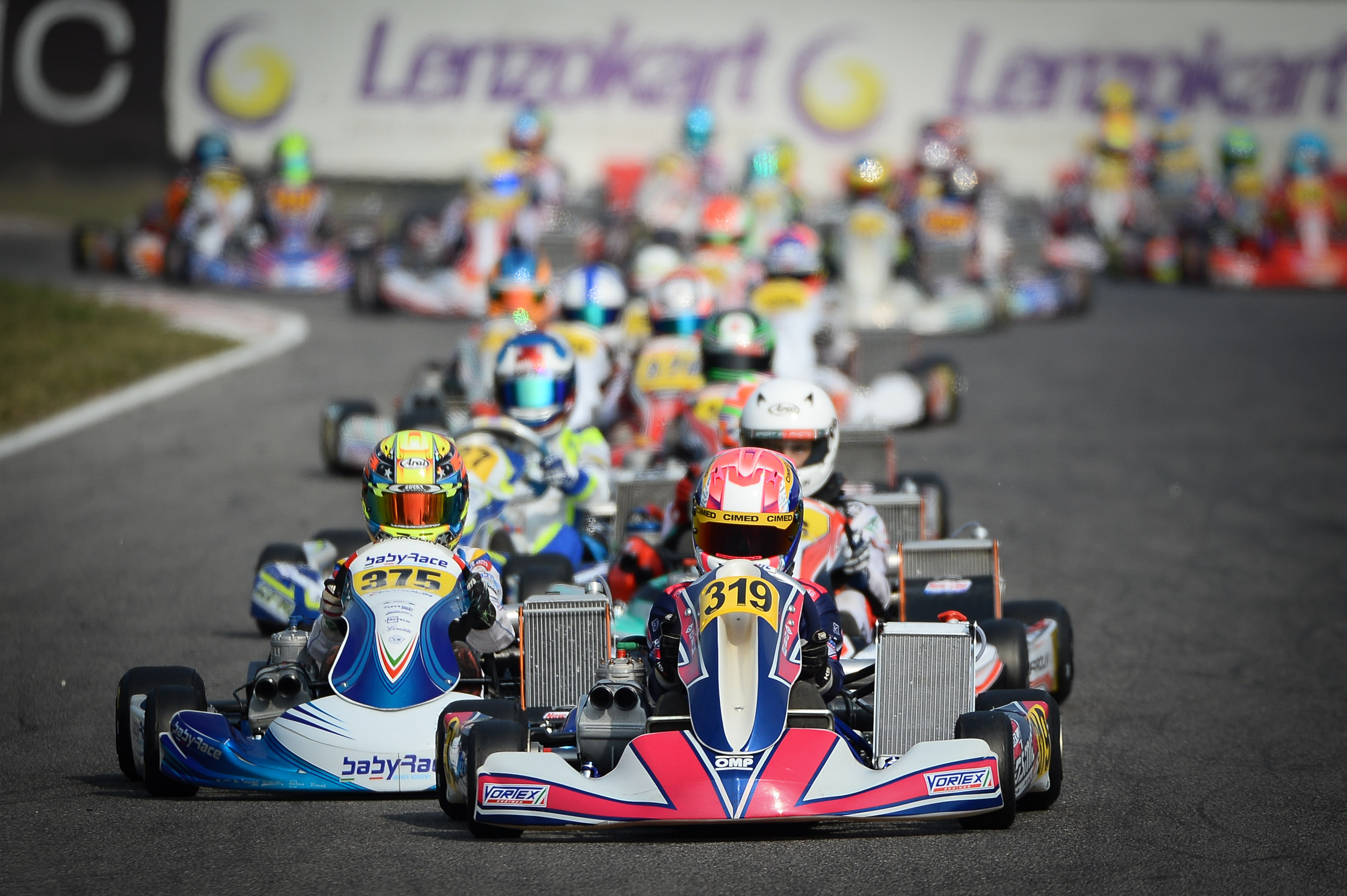Photo of Kart – Rafael Câmara conquista três top-5 nas classificatórias e larga na terceira fila na Pré-Final do WSK